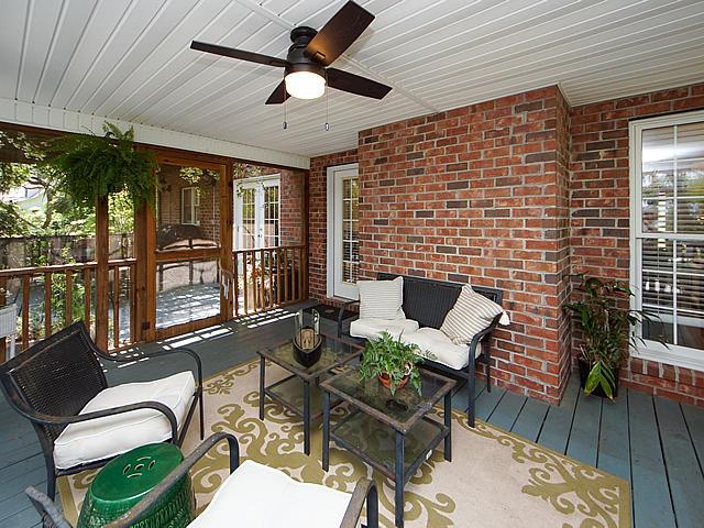 Parrot Bluff Homes For Sale - 711 Walkers Landing, Charleston, SC - 10