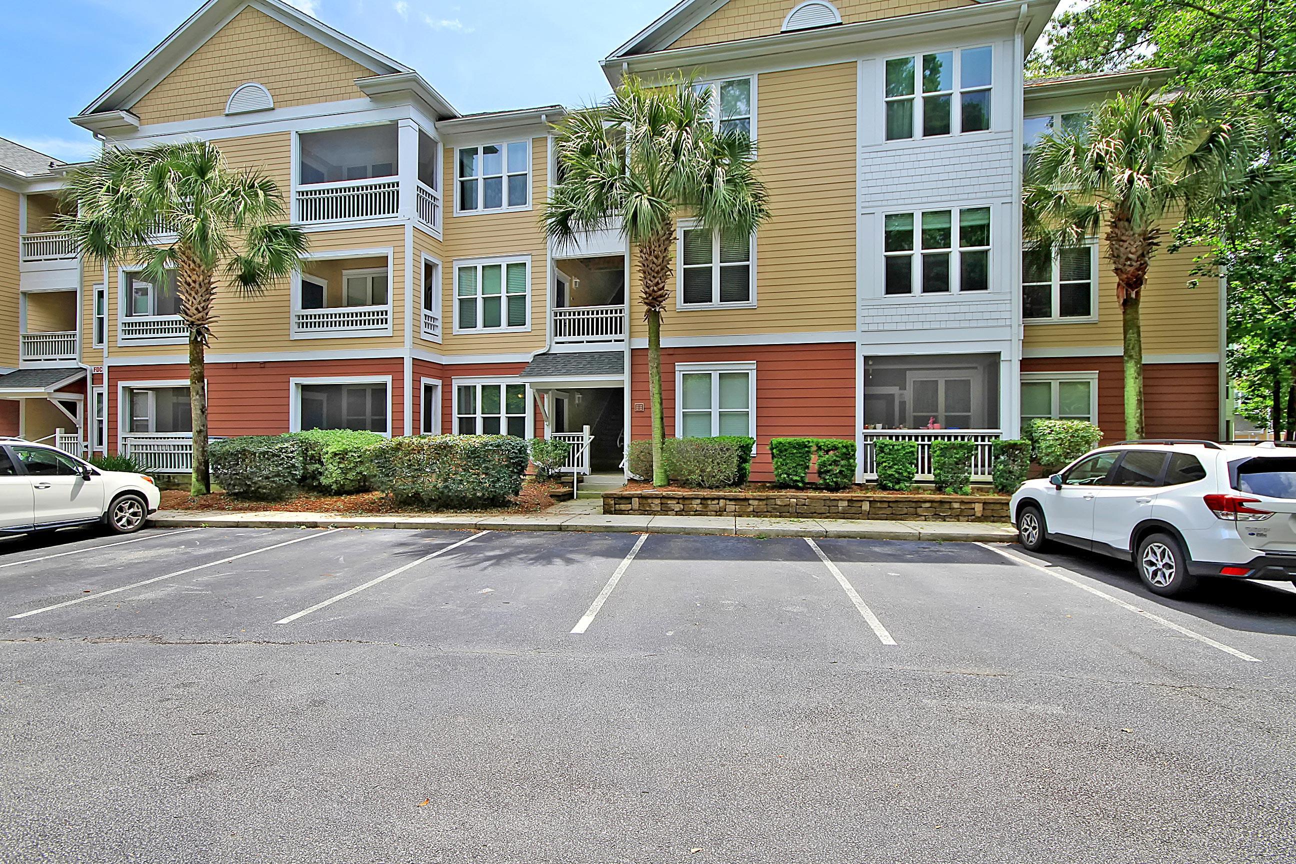 500 Bucksley Lane Charleston, SC 29492