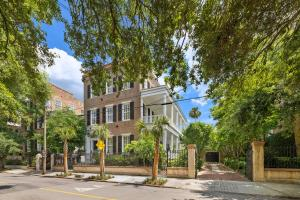 37 Hasell Street, Charleston, SC 29401