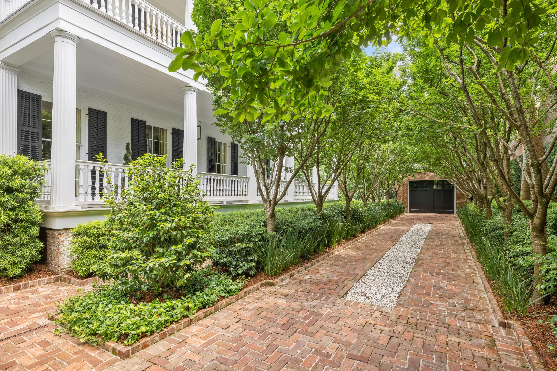 37 Hasell Street Charleston, SC 29401