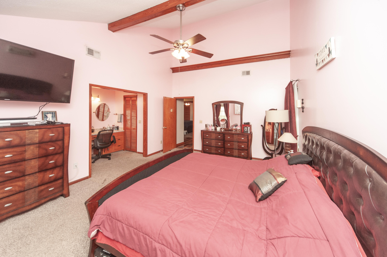 8218 N Split Oak Charleston, SC 29420