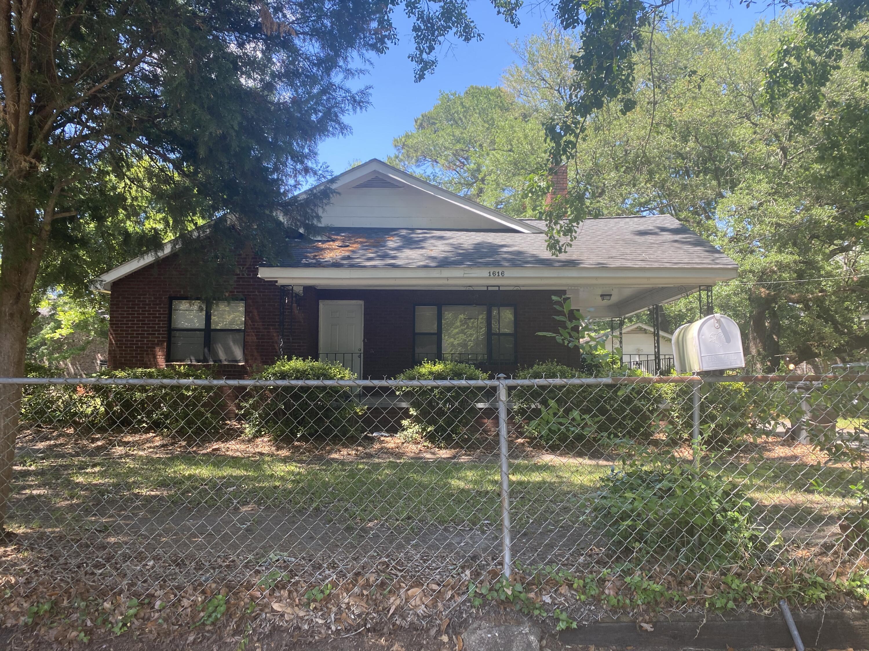 1616 Sumner Avenue North Charleston, SC 29406