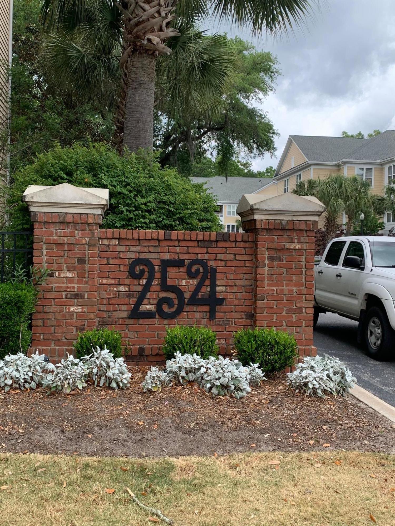 260 Seven Farms Drive UNIT #306 Charleston, SC 29492