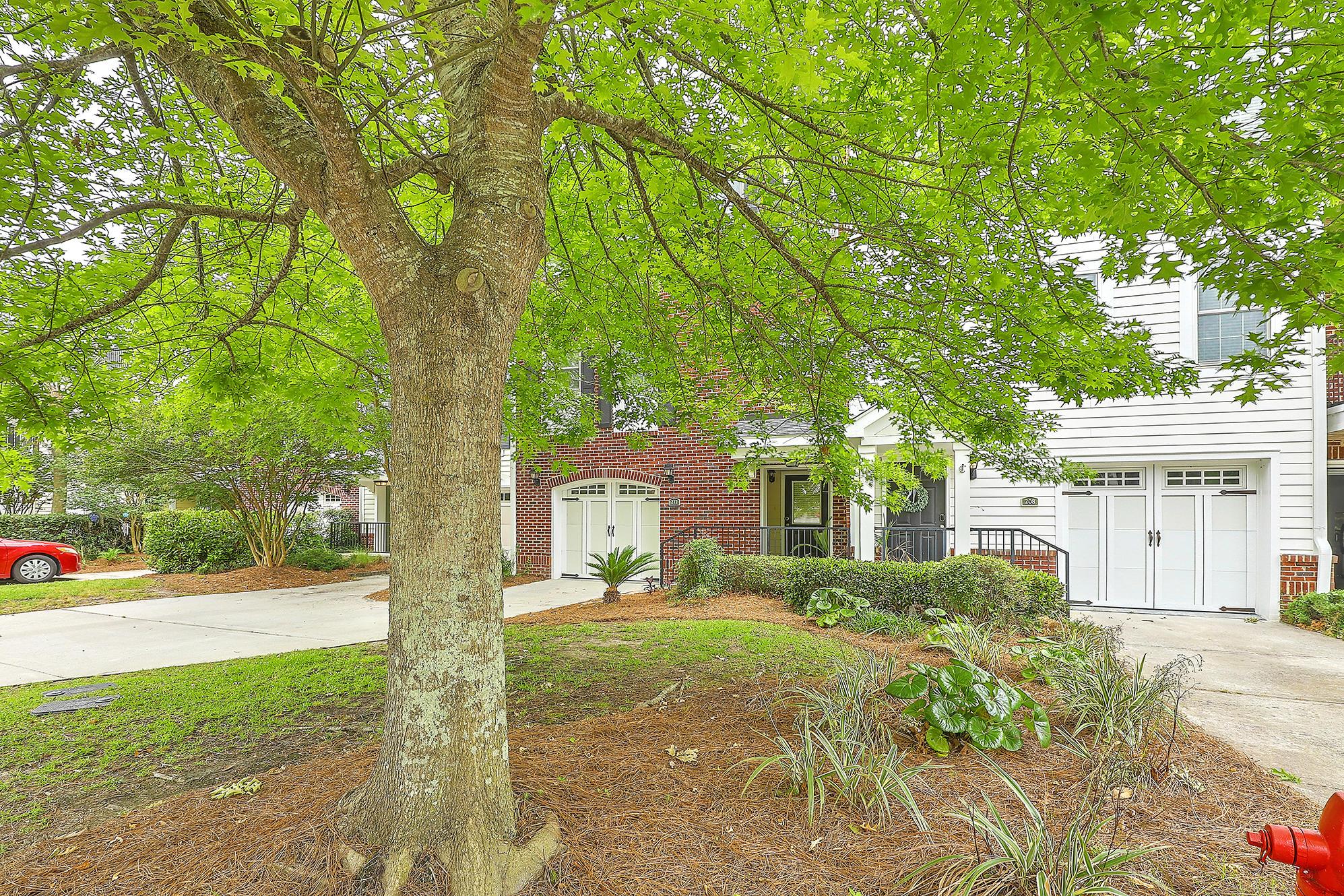 212 Etiwan Pointe Drive UNIT 115-5 Mount Pleasant, SC 29464