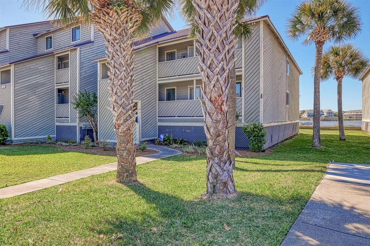 Mariners Cay Homes For Sale - 24 Mariners Cay, Folly Beach, SC - 25