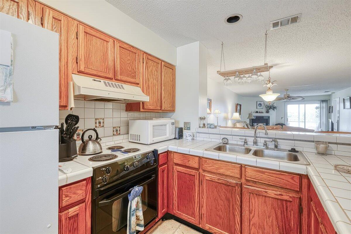 Mariners Cay Homes For Sale - 24 Mariners Cay, Folly Beach, SC - 9