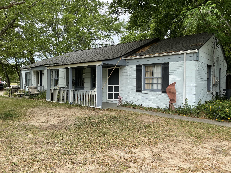 2 Ellen Avenue Mount Pleasant, SC 29464