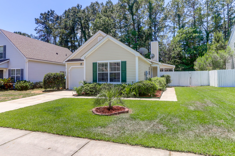 1127 Peninsula Cove Drive Charleston, SC 29492
