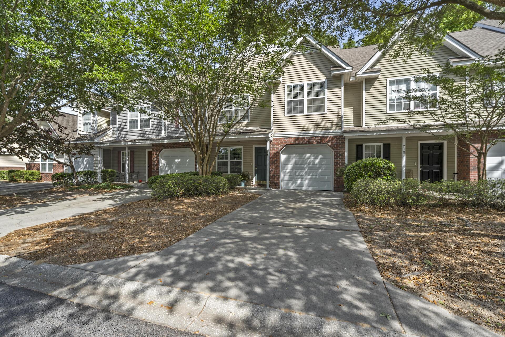 216 Kelsey Boulevard Charleston, SC 29492