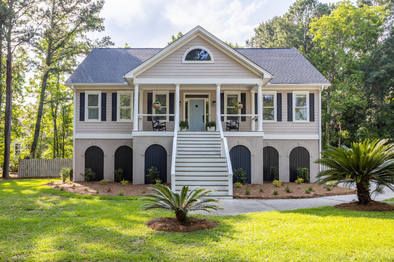 3824 Colonel Vanderhorst Circle Mount Pleasant, SC 29466