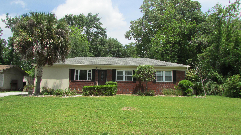 2424 Two Oaks Drive Charleston, SC 29414