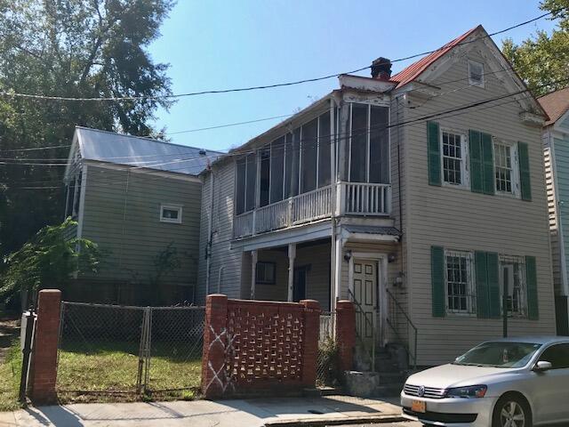 95 Bogard Street Charleston, SC 29403