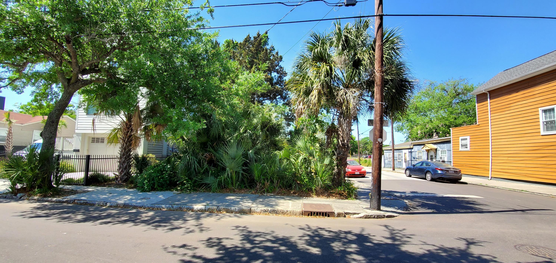 66 Cooper Street Charleston, SC 29403