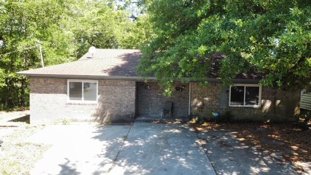 2126 Aberdeen Avenue North Charleston, SC 29405