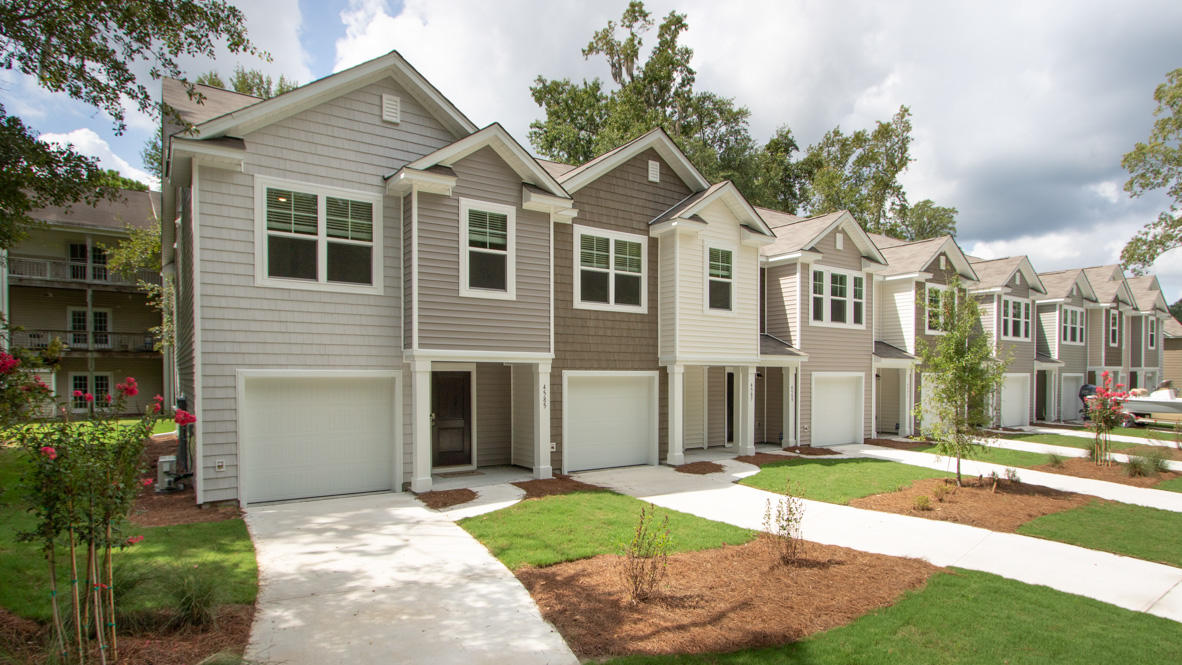 4710 Palm View Circle North Charleston, SC 29418