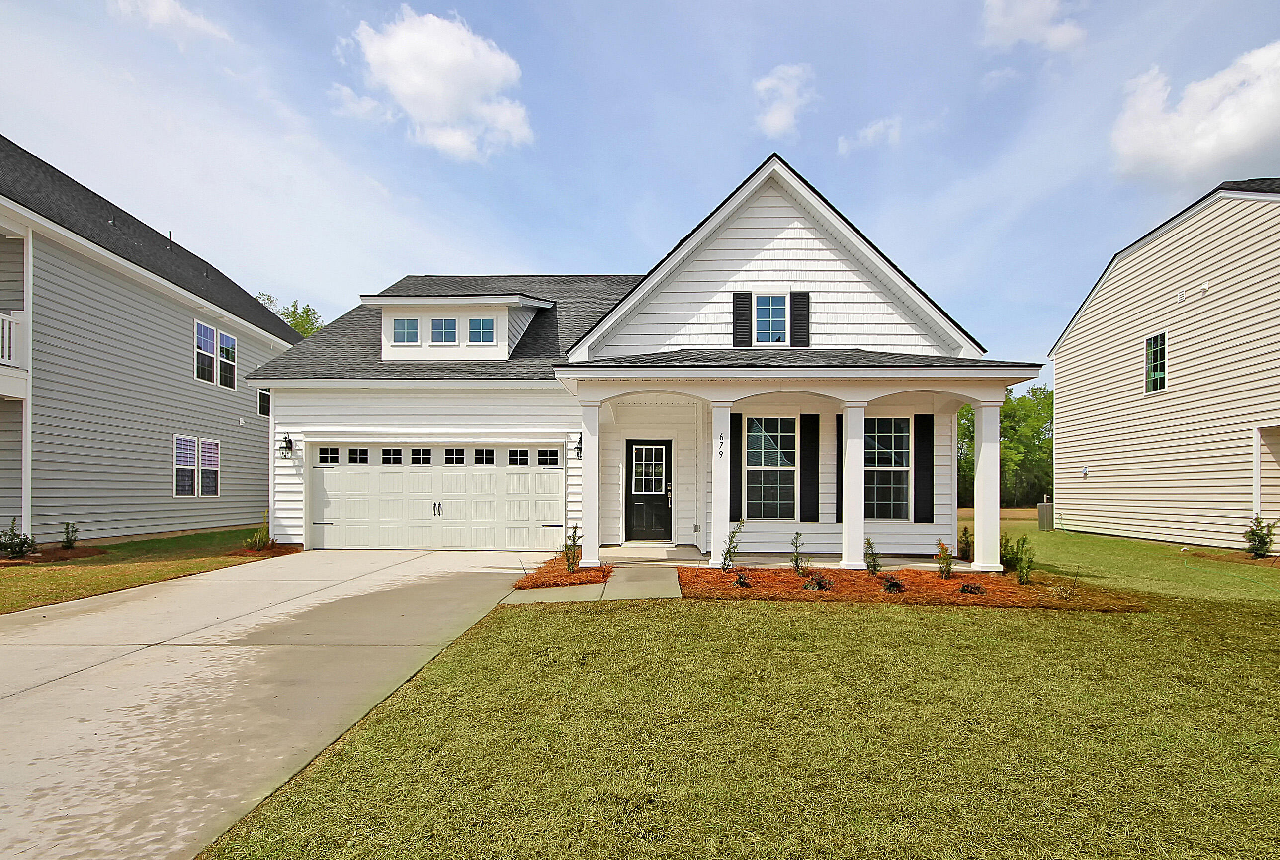 201 Honey Horn Drive Summerville, SC 29486