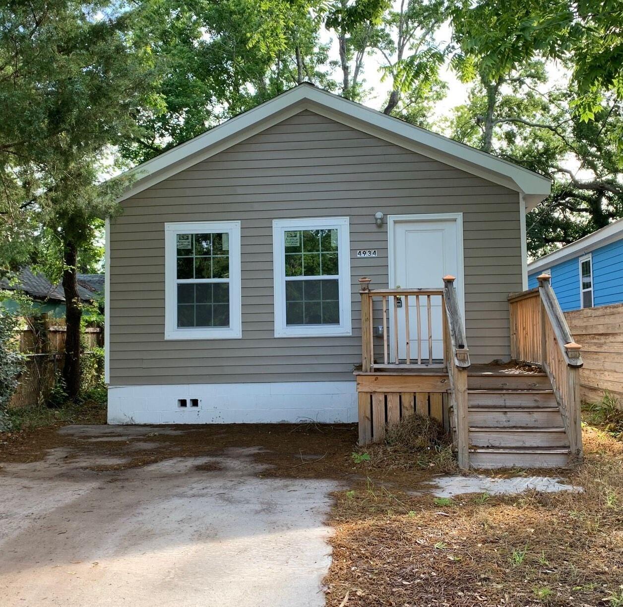 4934 Gaynor Avenue North Charleston, SC 29405