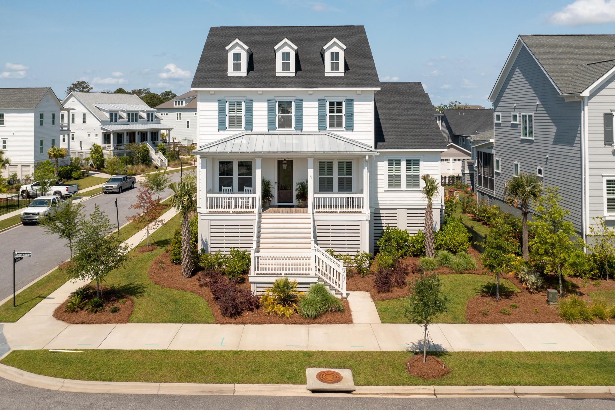 2585 Daniel Island Drive Charleston, SC 29492