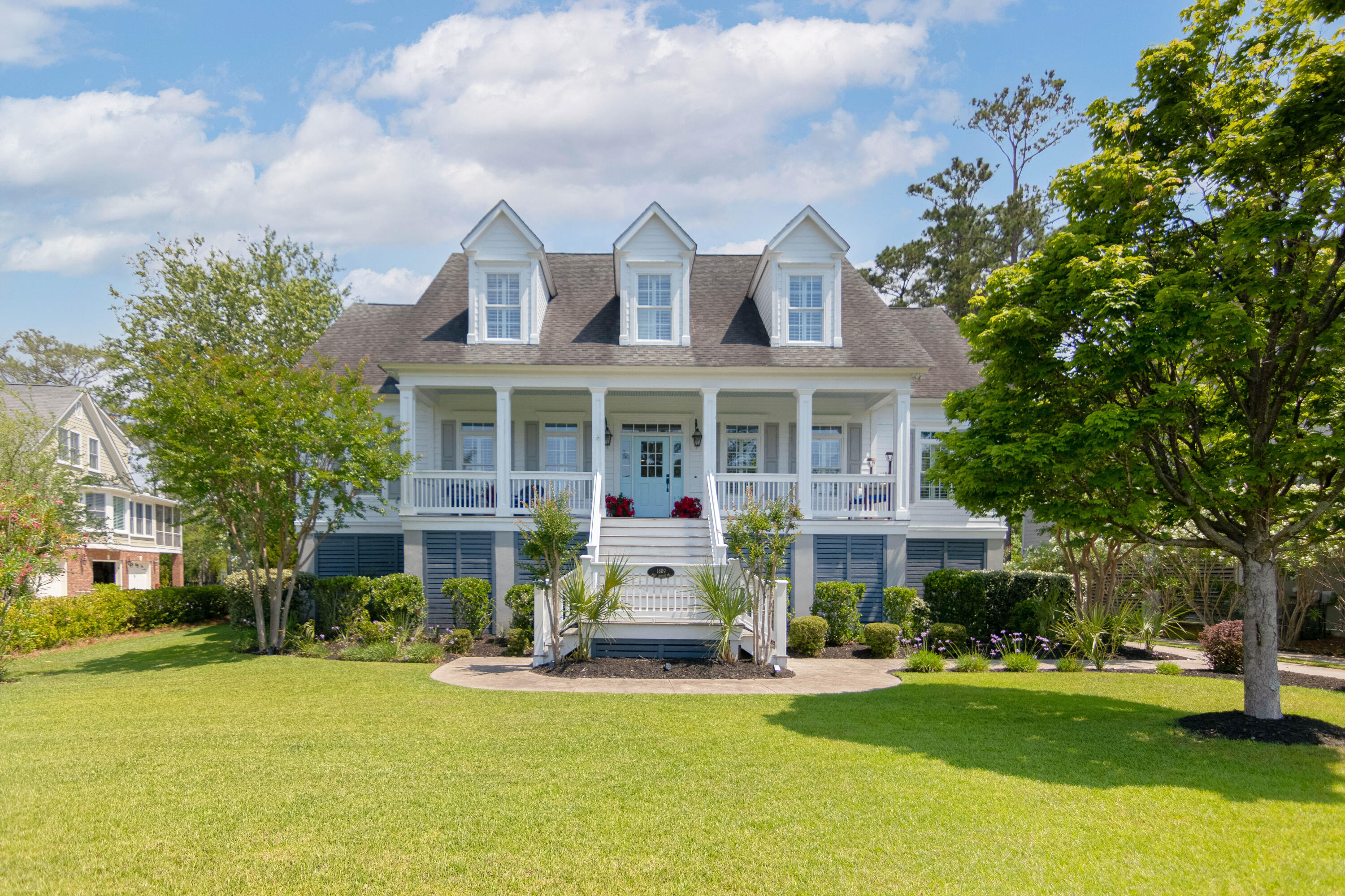 1889 W Canning Drive Mount Pleasant, SC 29466