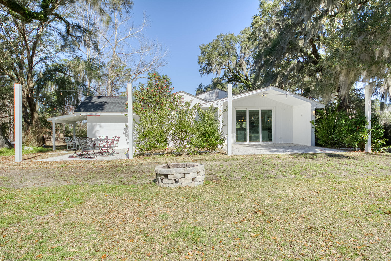 4667 Chisolm Road Johns Island, SC 29455