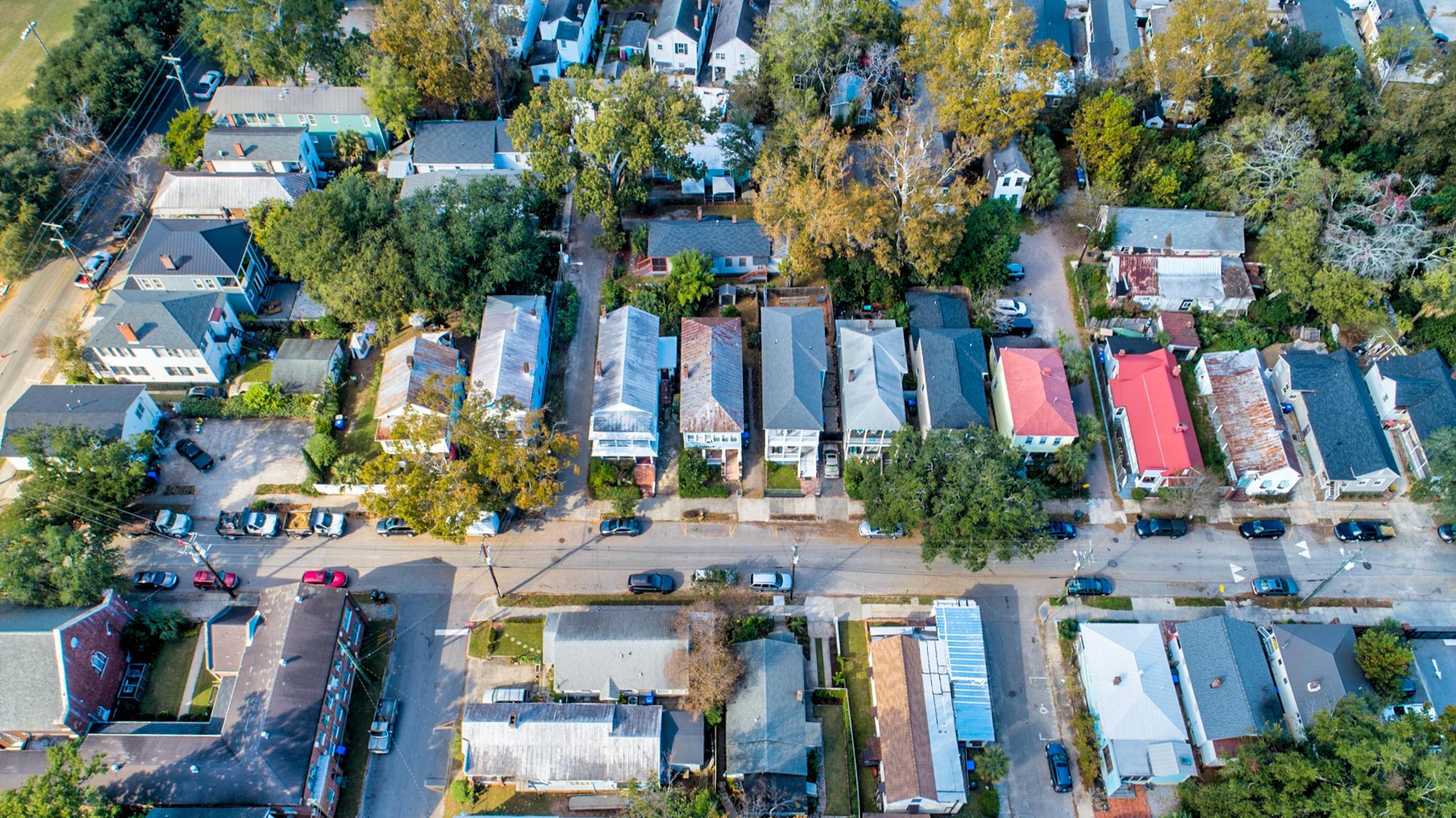 36 Moultrie Street Charleston, SC 29403