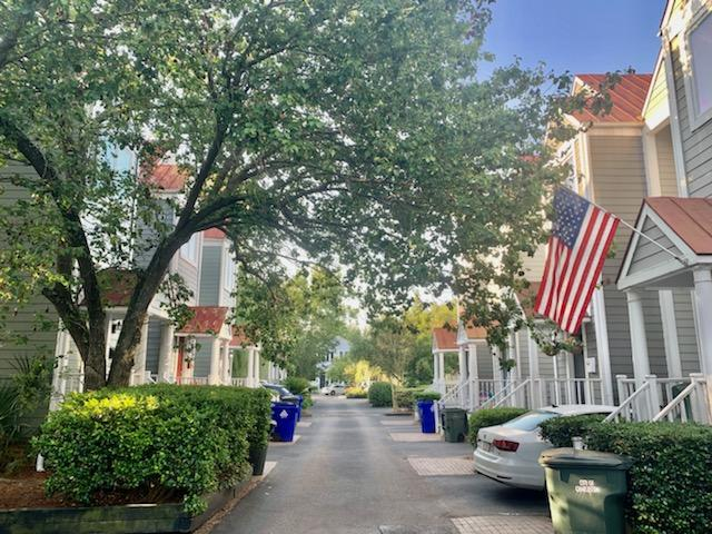 13 Ascot Alley Charleston, SC 29401