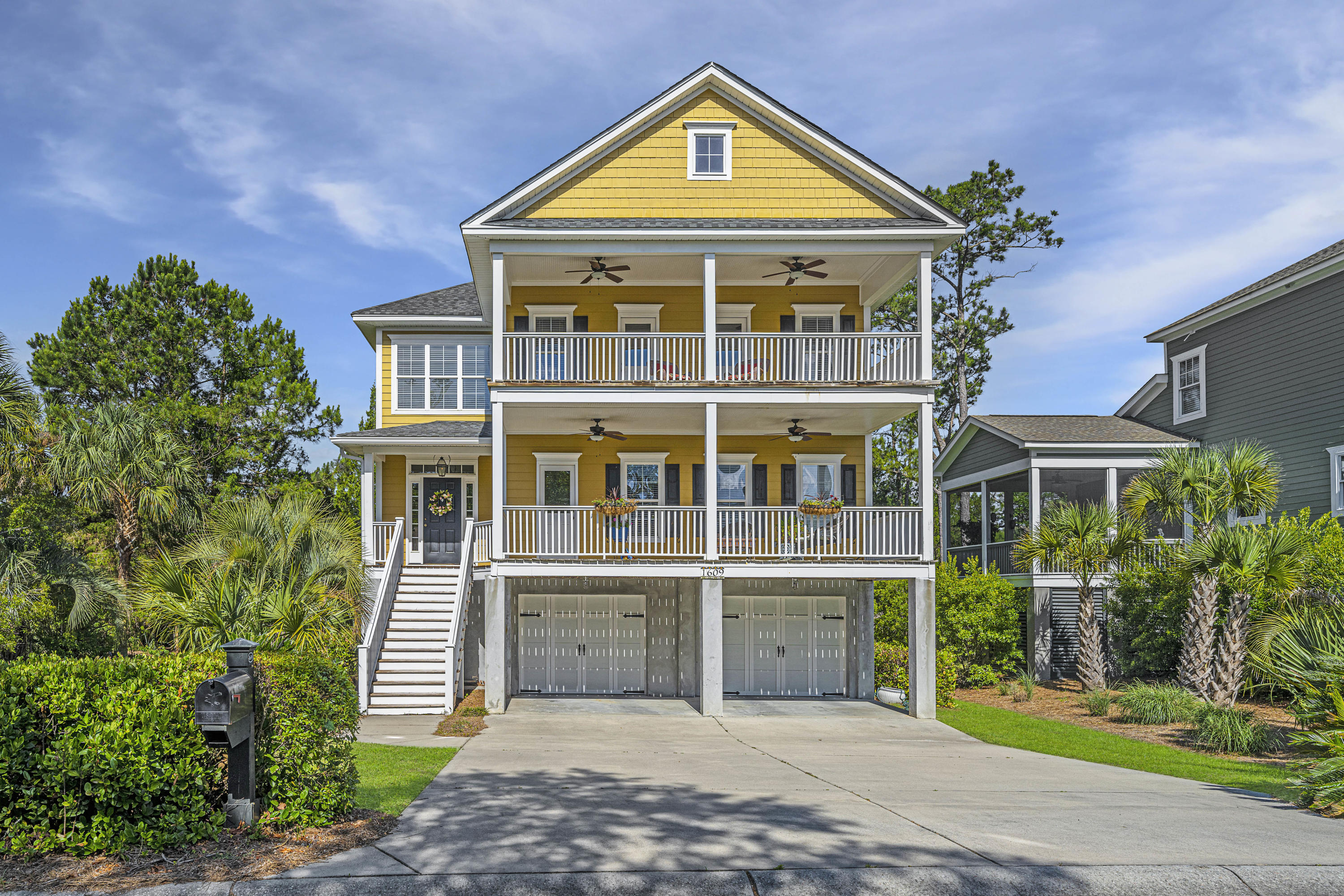 1609 Sewee Fort Road Mount Pleasant, SC 29466