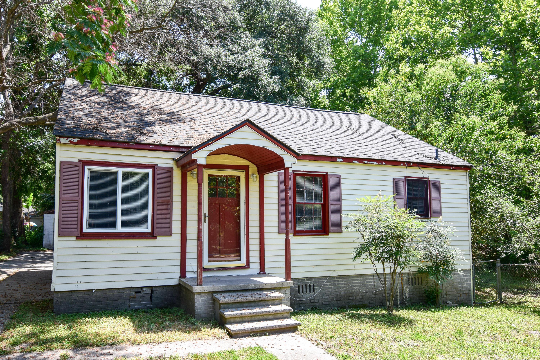 1227 Sumner Avenue North Charleston, SC 29406