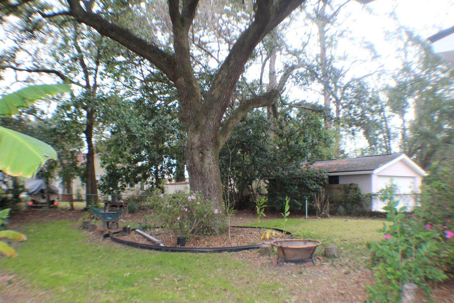 3 Peeks Pike Charleston, SC 29407