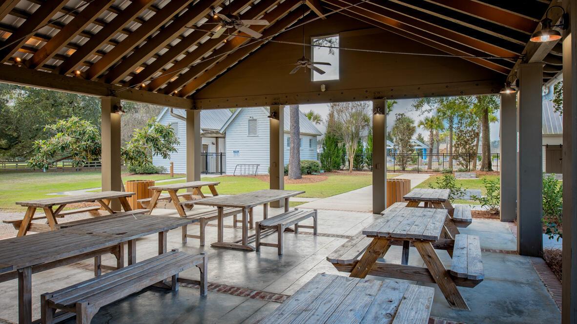 257 Oak View Way Summerville, SC 29483