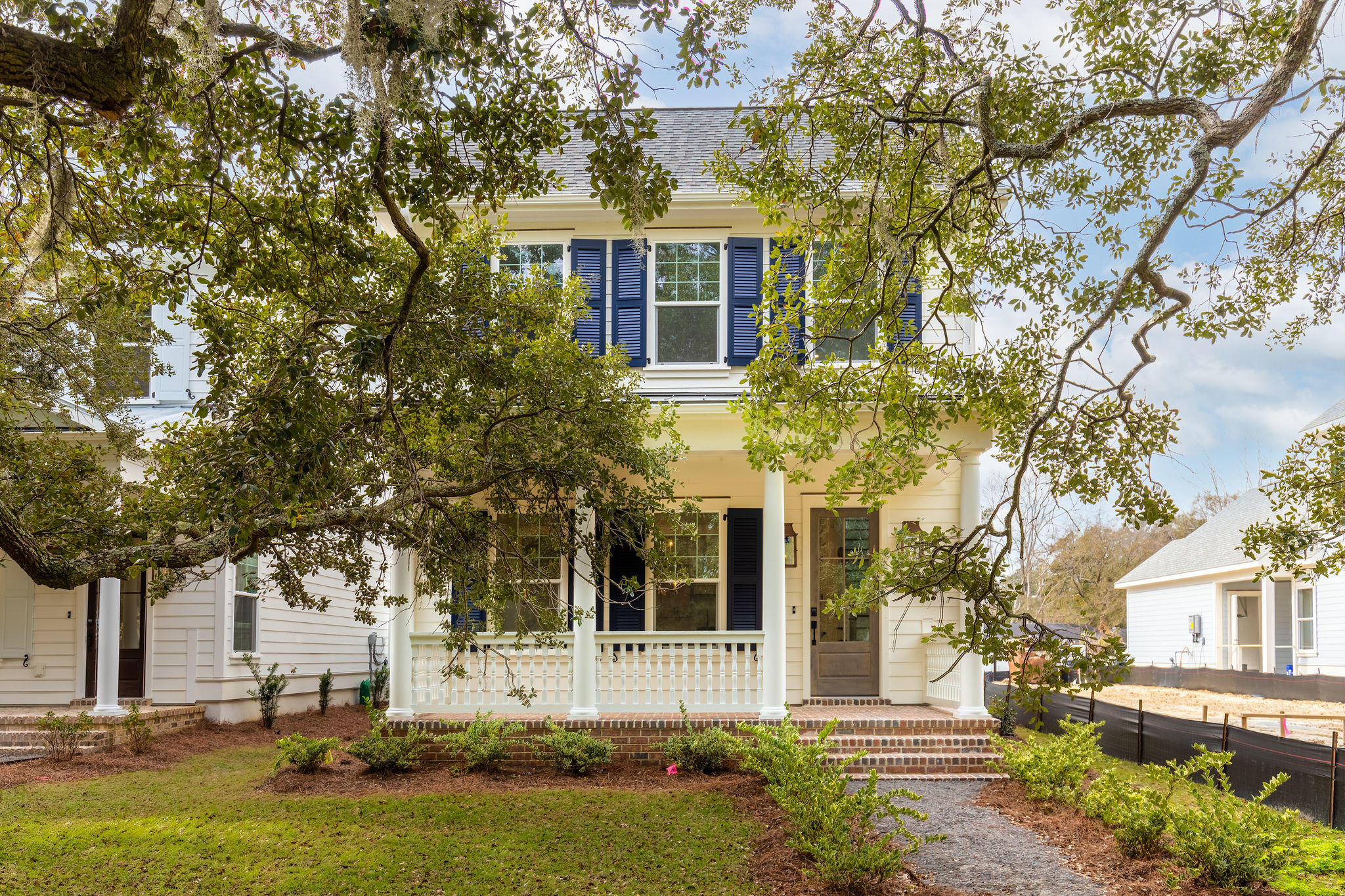 1060 Avenue of Oaks Charleston, SC 29407