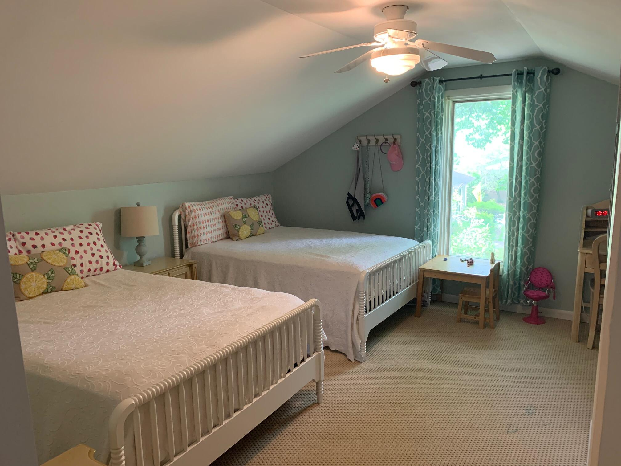 Snee Farm Homes For Sale - 1061 Law, Mount Pleasant, SC - 8