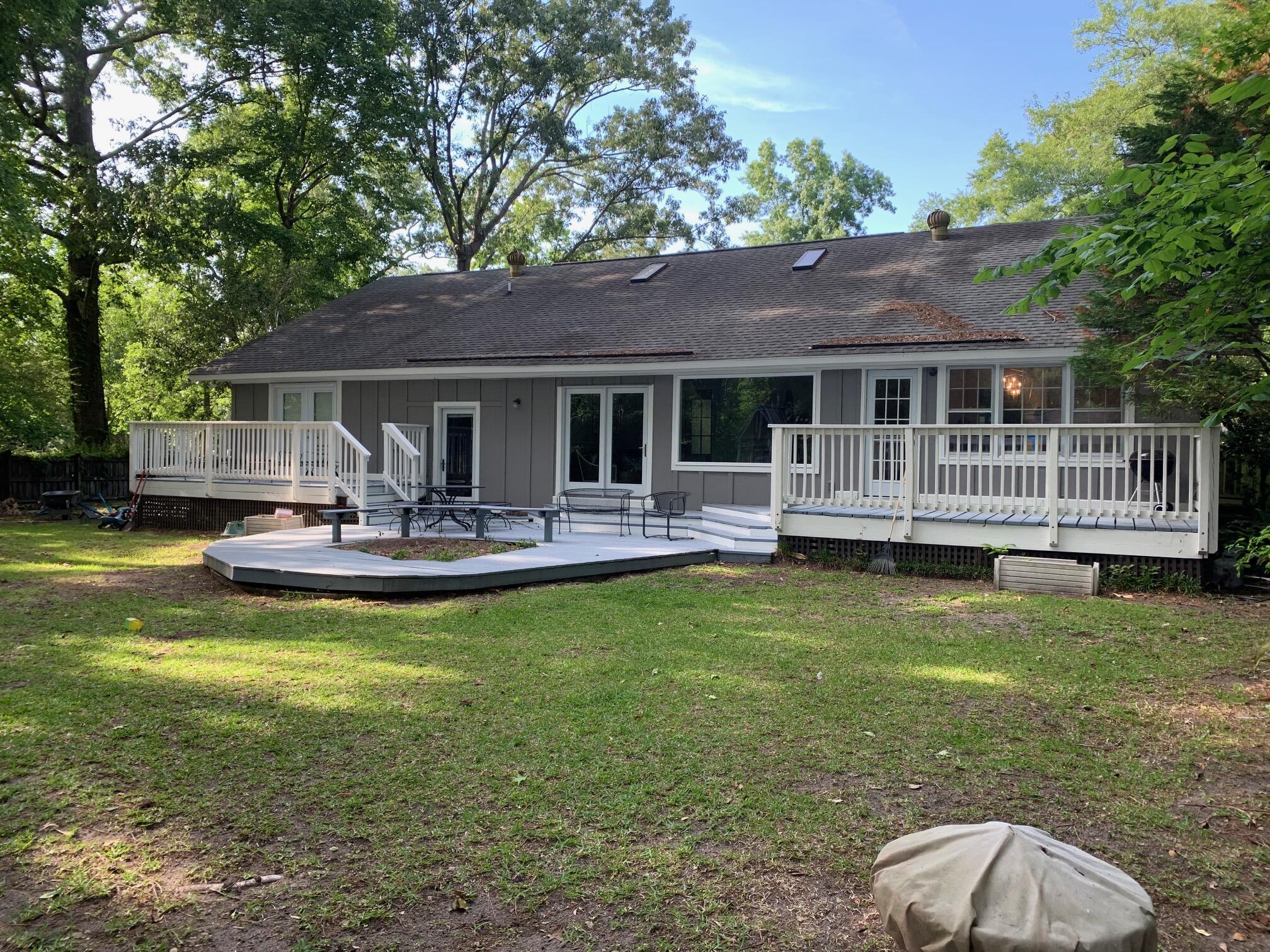 Snee Farm Homes For Sale - 1061 Law, Mount Pleasant, SC - 11