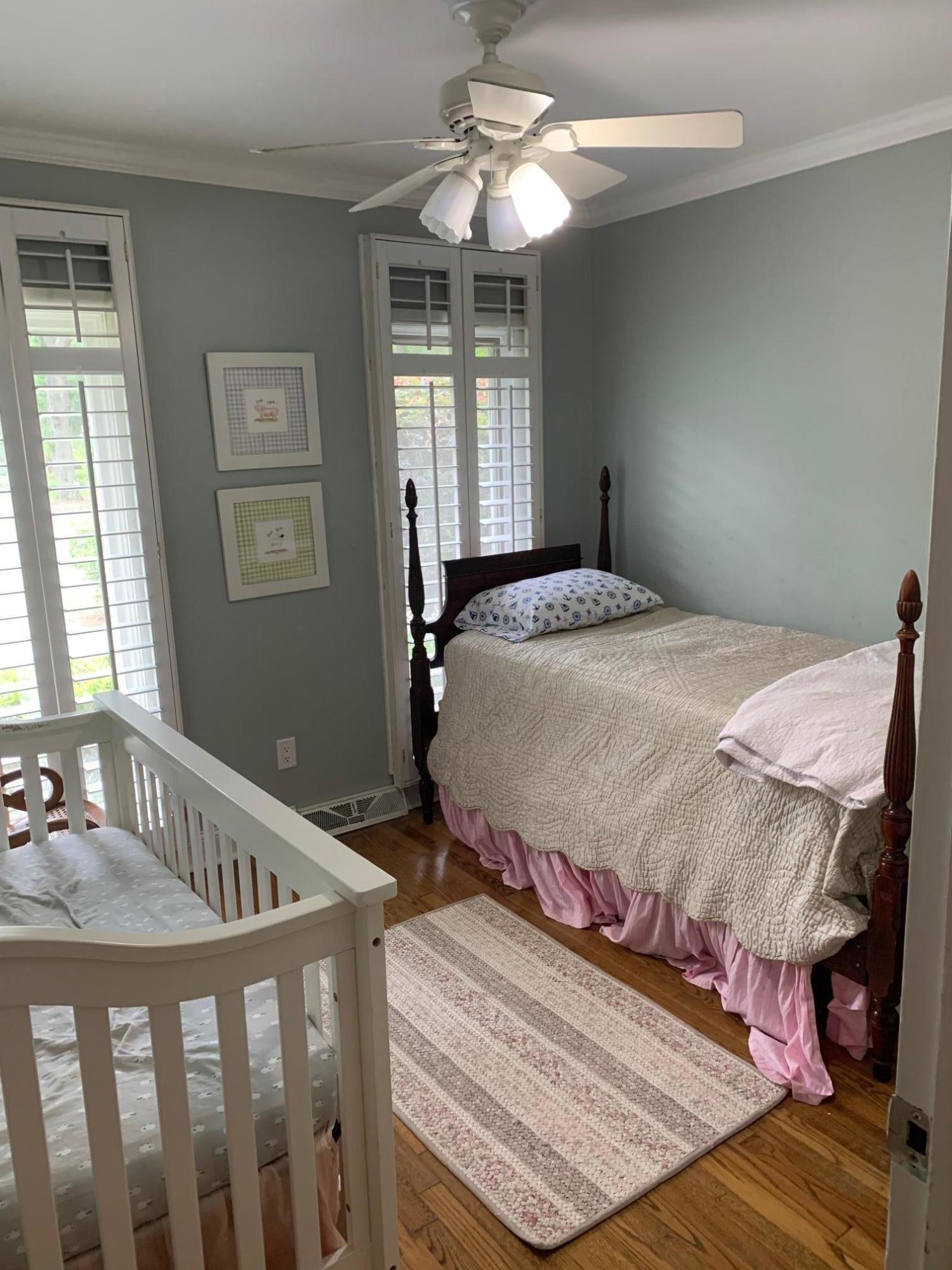 Snee Farm Homes For Sale - 1061 Law, Mount Pleasant, SC - 4