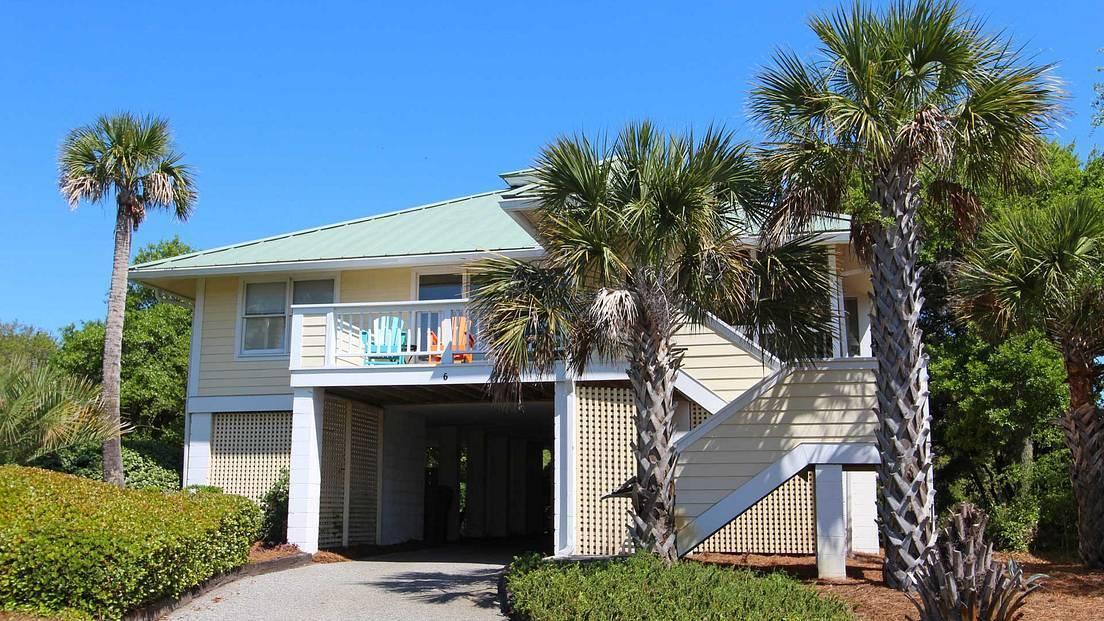 6 Ocean Park Court Isle Of Palms, SC 29451