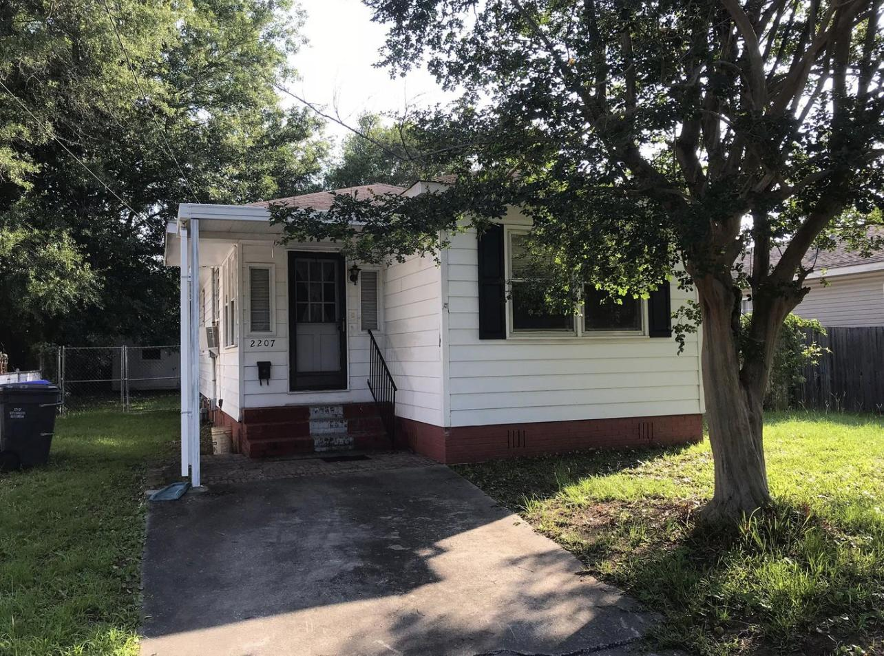 2207 Bailey Drive North Charleston, SC 29405