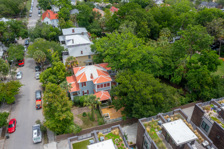 21 Bennett Street Charleston, SC 29401