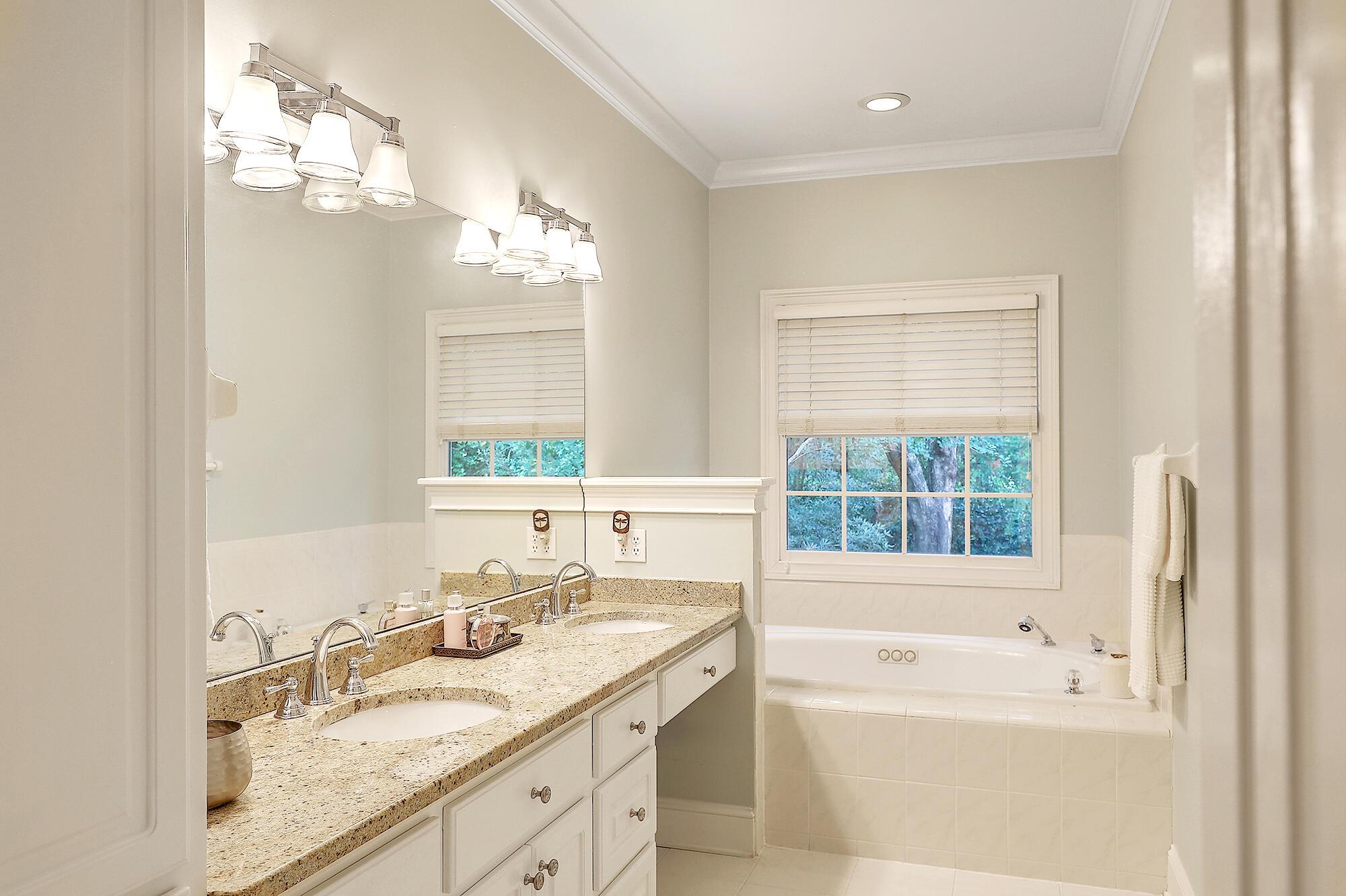 Stiles Point Plantation Homes For Sale - 816 Whispering Marsh, Charleston, SC - 20