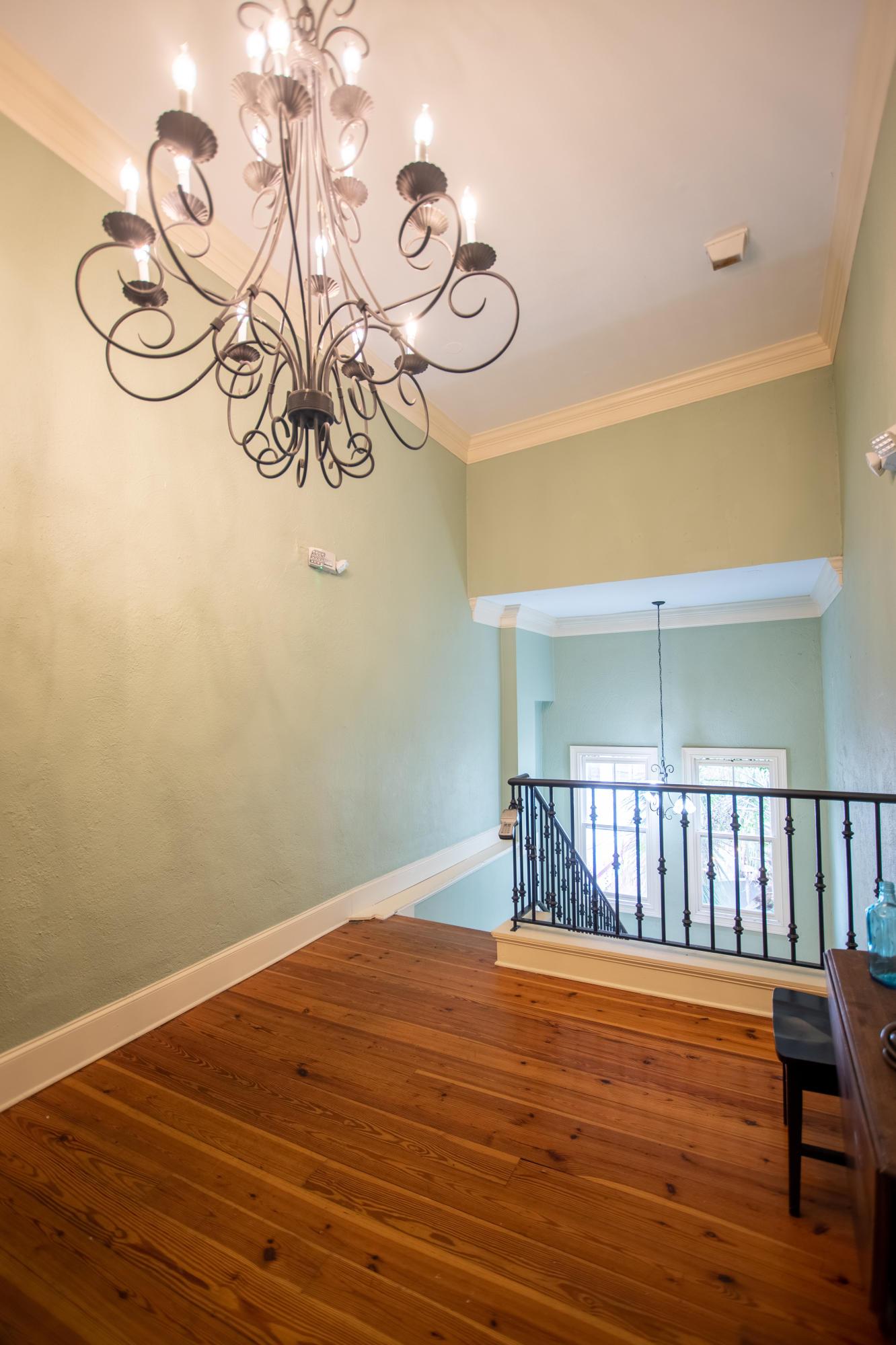 377 King Street UNIT #207 Charleston, SC 29405