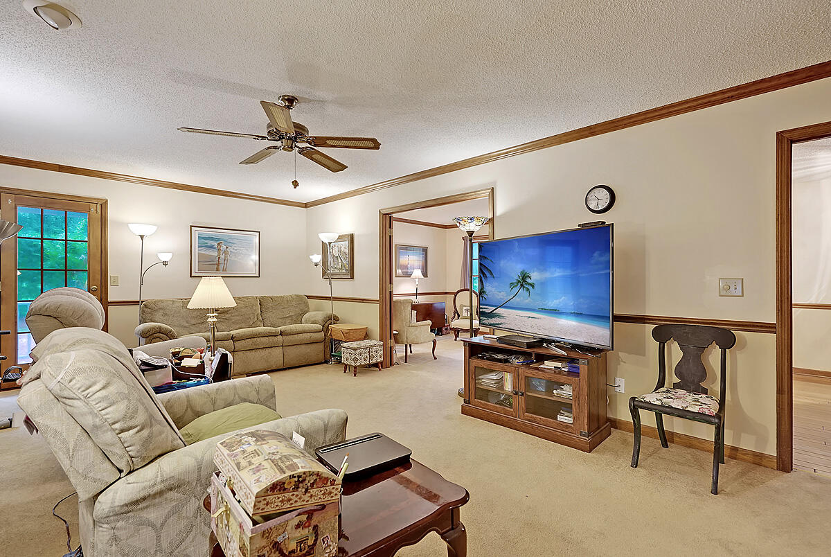 109 Churchill Court Summerville, SC 29485
