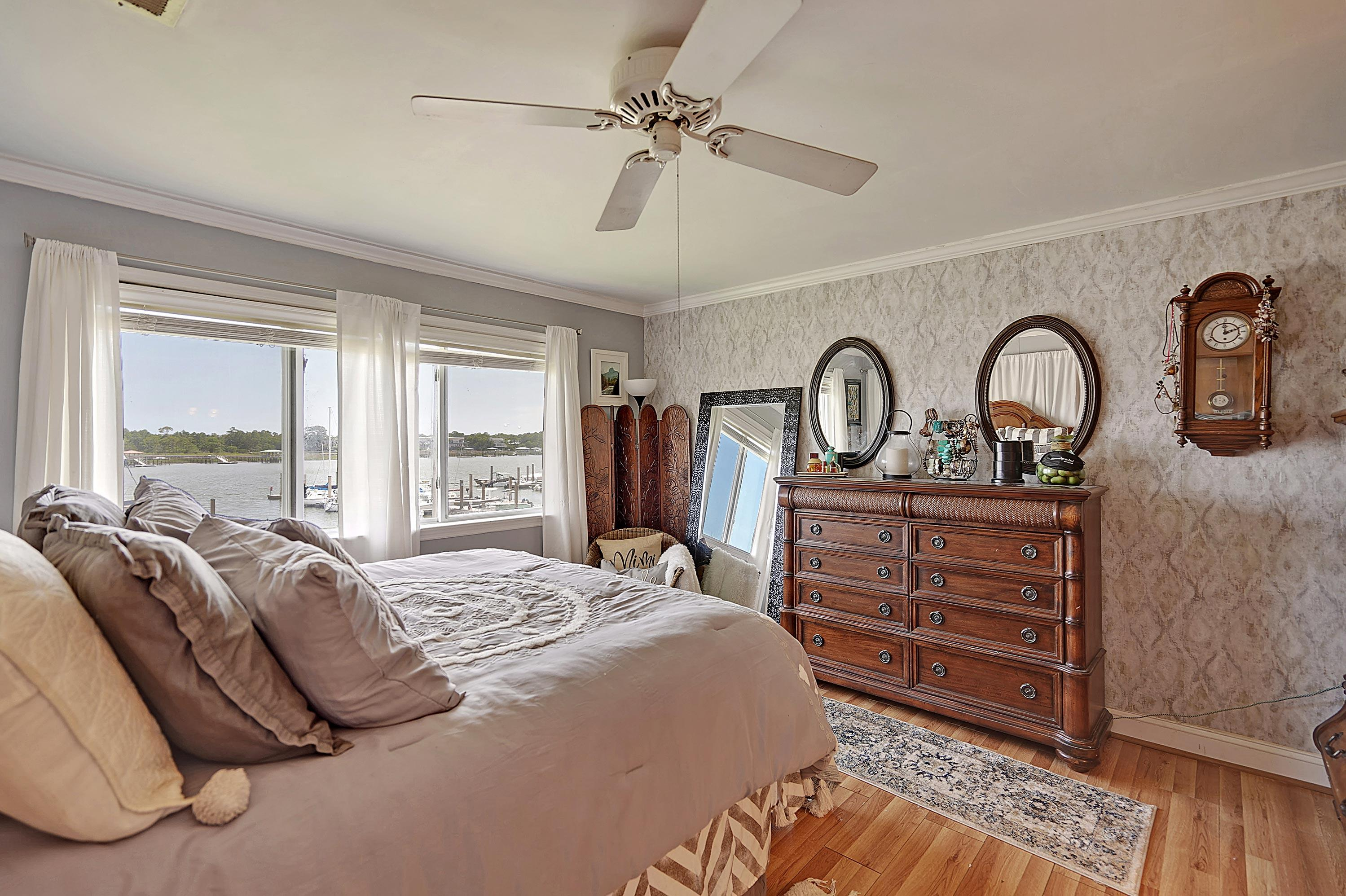 Mariners Cay Homes For Sale - 63 Mariners Cay, Folly Beach, SC - 28