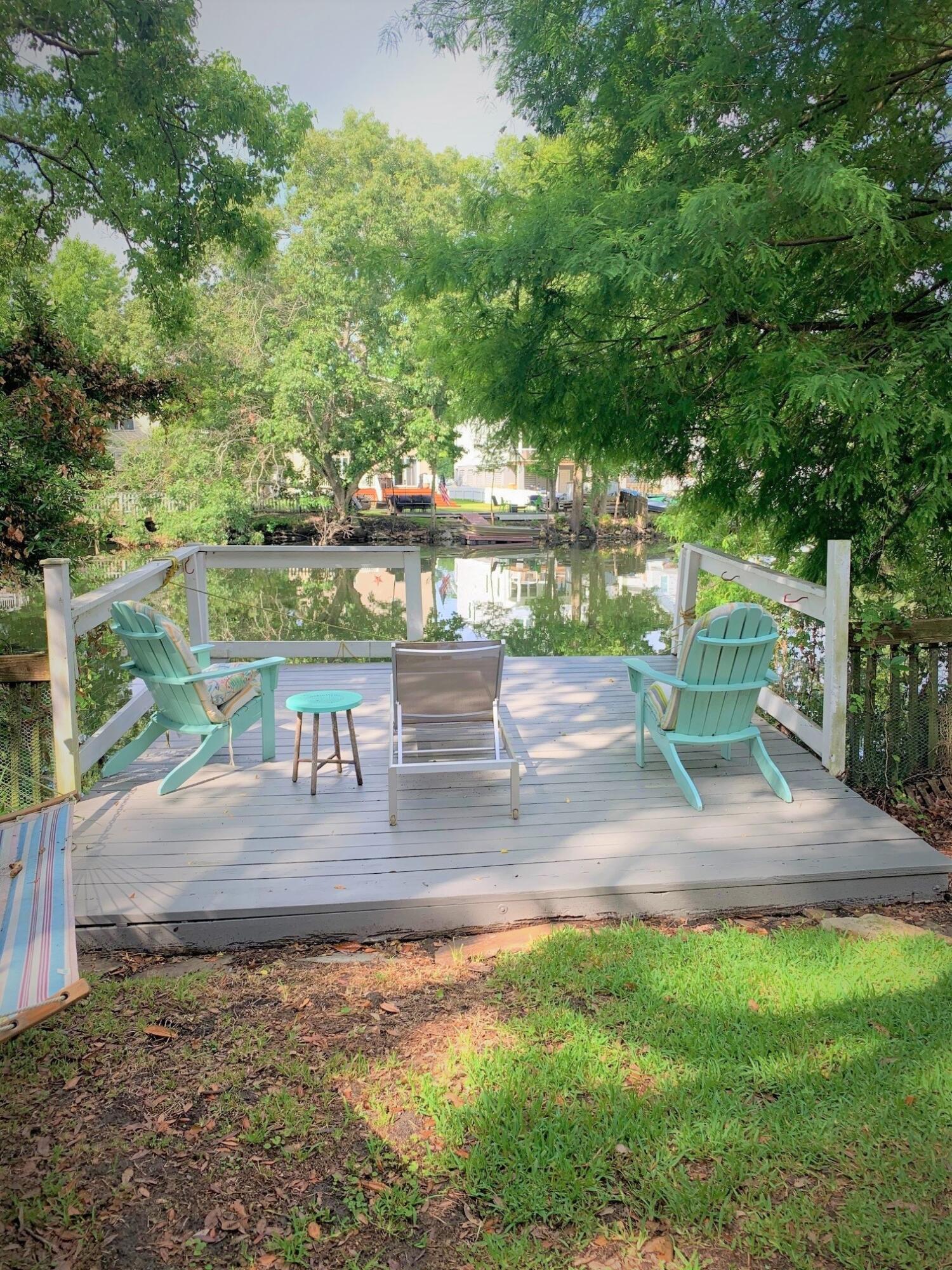 751 Lake Frances Drive Charleston, SC 29412