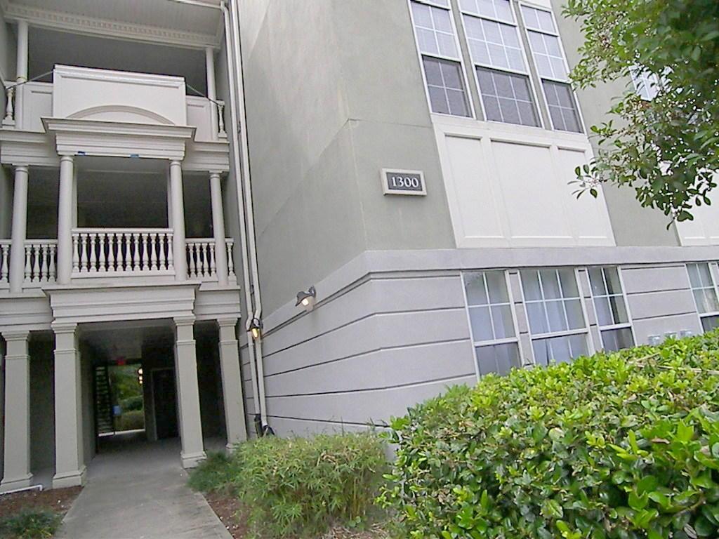 1337 Telfair Way Charleston, SC 29412