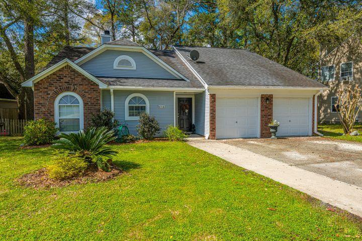 8518 Wynnefield Drive North Charleston, SC 29420