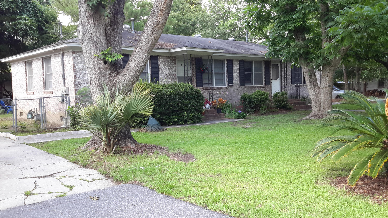 2232 Woodland Shores Road Charleston, SC 29412