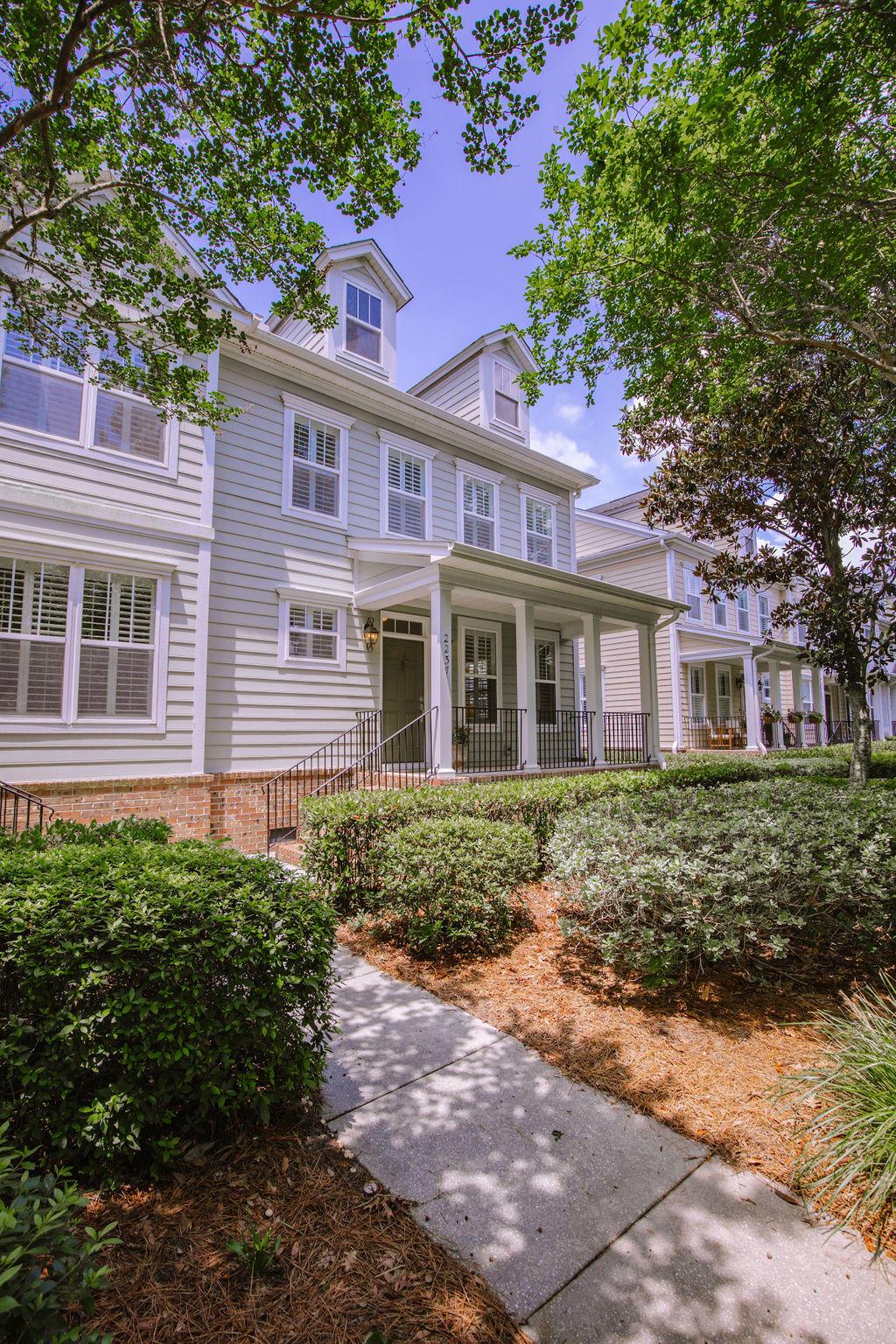 2237 Daniel Island Drive Charleston, SC 29492