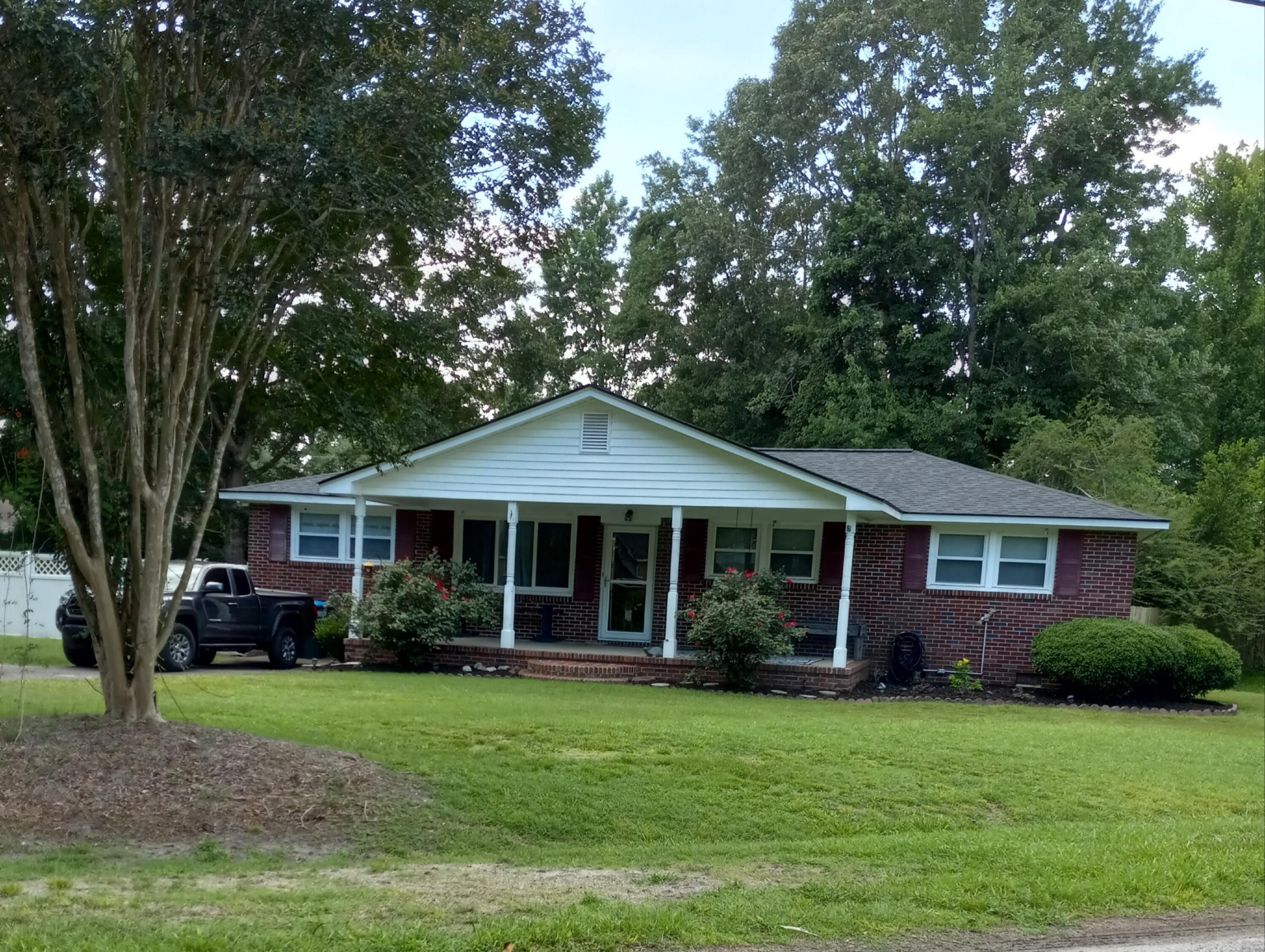 110 Pine Lane Summerville, SC 29485