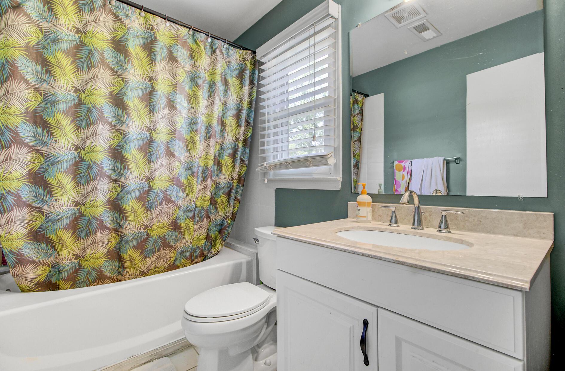 Yaugh Hall Homes For Sale - 1229 Porchers Bluff, Mount Pleasant, SC - 3