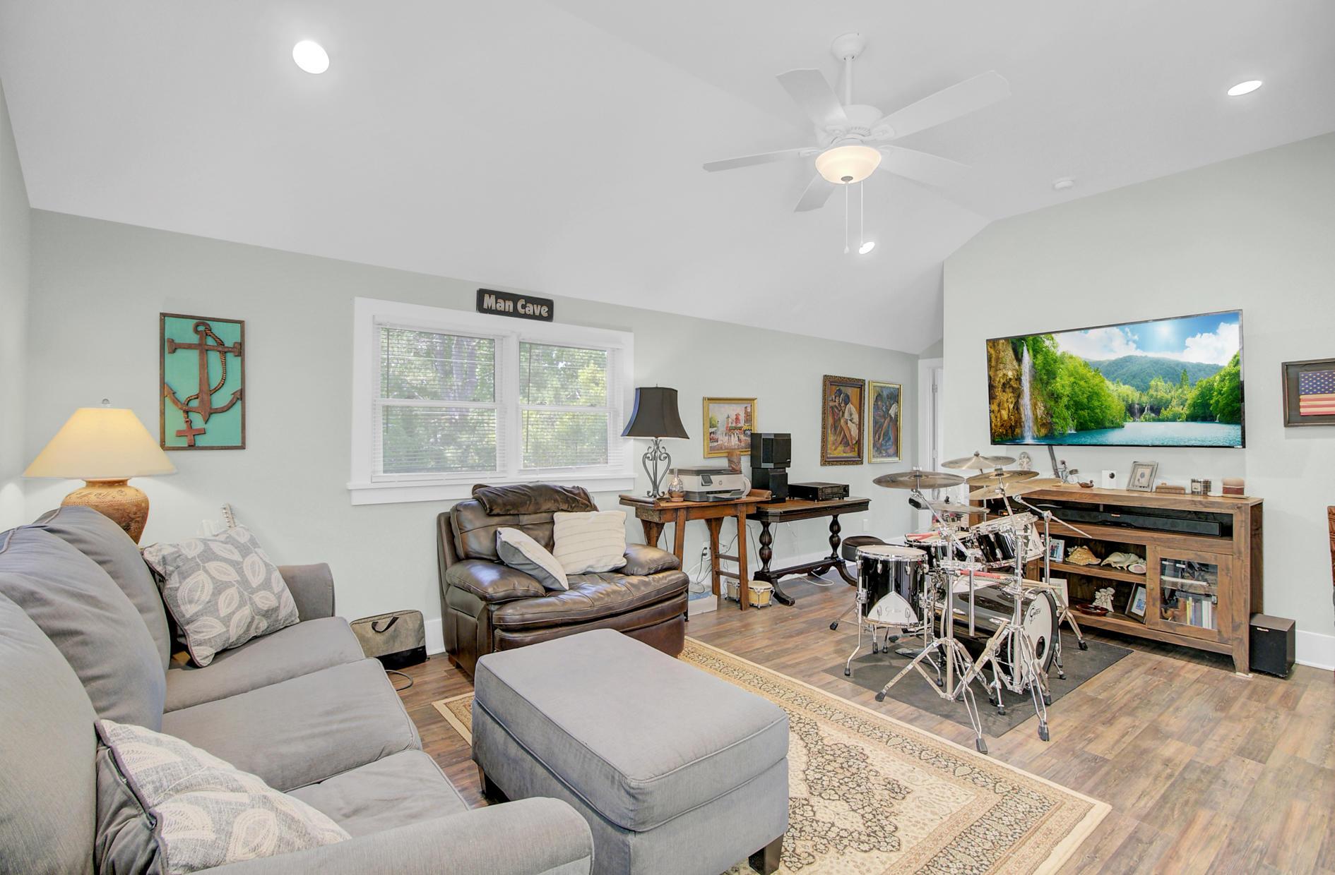 Yaugh Hall Homes For Sale - 1229 Porchers Bluff, Mount Pleasant, SC - 38
