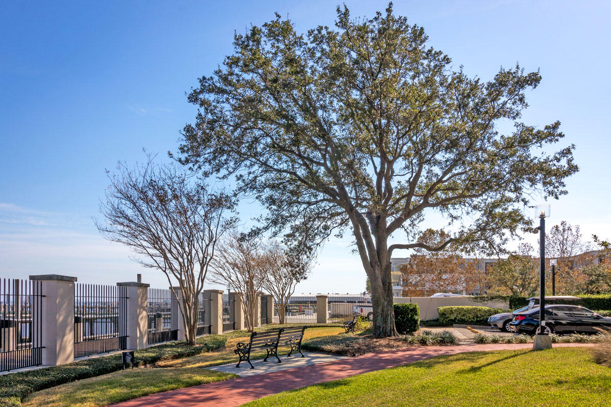 330 Concord Street UNIT 10-F&G Charleston, SC 29401